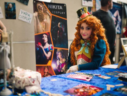 Cosplay print tables
